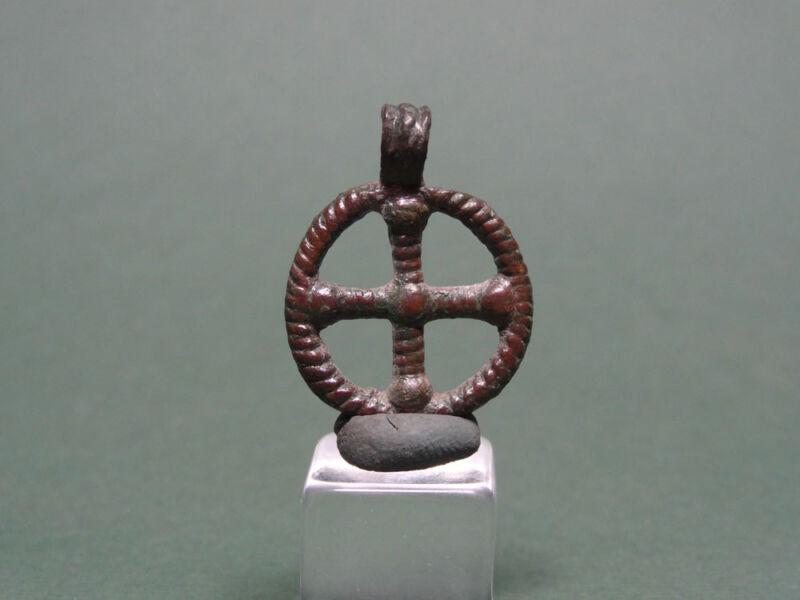 ANCIENT BRONZE CROSS PENDANT CHRISTIAN SIGN 400-600 AD