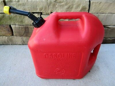 Blitz 5 Gallon Gas Fuel Can With Vented Fixed Spout 50833 Made In Usa