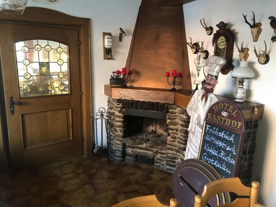 Hotel-Gasthof-Cafe, bestens eingeführt in zentraler Lage in Furth im Wald