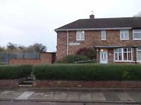 3 bedroom property ***TO RENT*** LE5 AREA