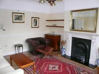 1 bedroom flat in Sheen Road, Richmond, Surrey, TW10