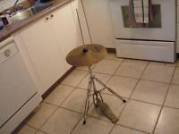 Solar Hi Hats by Sabian  Cymbal 2 de 14 pouces base et pédale