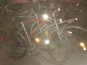 pneu,roue,derailleur,selle,potence,cadre,cable,pédale