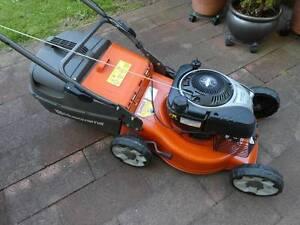 Husqvarna 4 Stroke Push Lawn Mower Bentleigh Glen Eira Area Preview