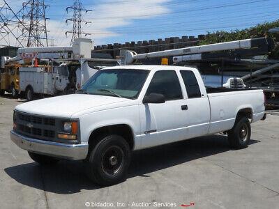 1997 Chevrolet C/K 2500  Chevrolet C/K 2500 Pickup Truck Extended Cab 8' Long Bed Vortec 5.7L V8 bidadoo