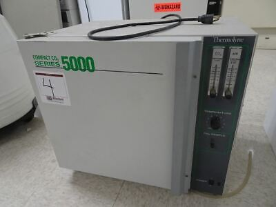 Barnstead Thermolyne Compact Co2 Series 5000 Ovenincubator Model 153325