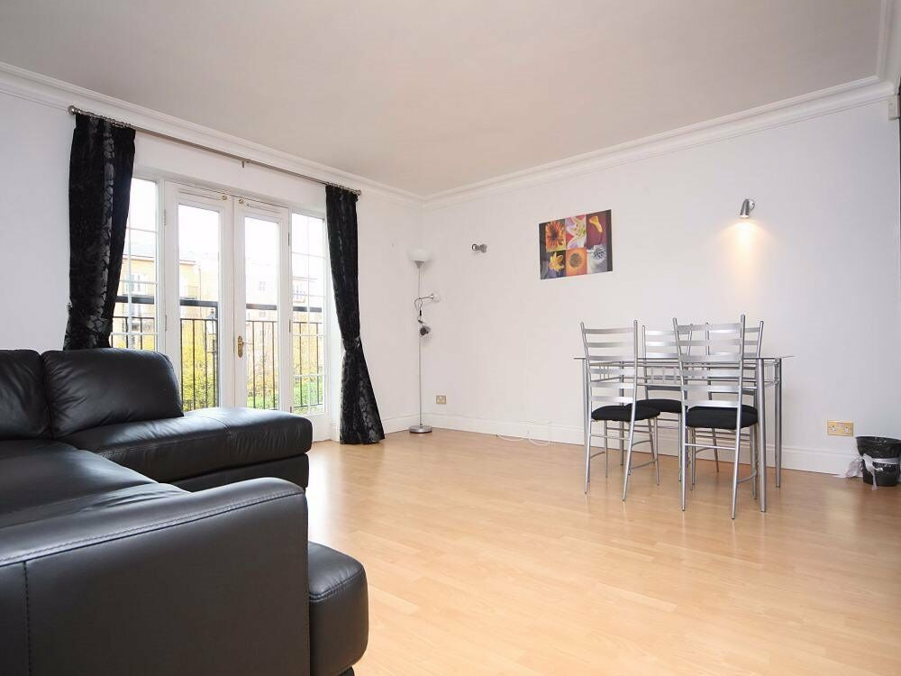 ( 2 ) 800 SqFt Two Bed Russell Lodge, Spurgeon Street, London Bridge / Borough SE1 £455 pw!