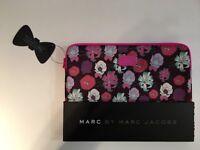 """NEW! DISNEY Alice in Wonderland Marc By Marc Jacobs Neoprene 13"""" Macbook Air Laptop Case Sleeve"""