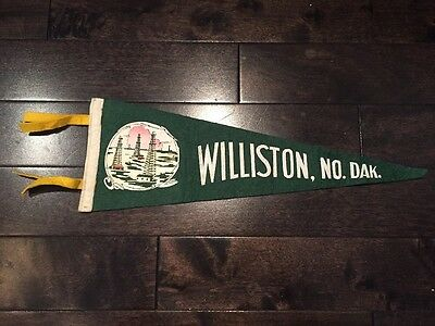Vintage Williston North Dakota Pennant Felt Banner 1960's Souvenir ND USA