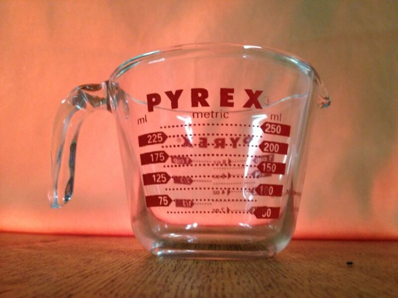 Vtg Pyrex Lab Measuring Glass 1 Cup or 8oz or 250ml Metric Corning USA