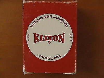 5pcs Klixon 6752 12 Series 15a Aircraft Circuit Braker Nos Nib