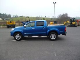 June 2014 Toyota Hilux Invincible Crew Cab Pick Up
