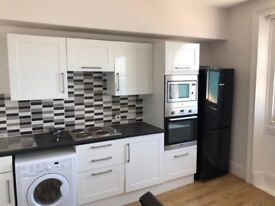 STUDENTS - SEPTEMBER 2021 - STUDIO FLAT WITH SEA VIEWS! Fully Furnished Modern Flat