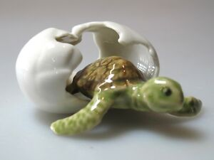 ... -Miniature-Collectible-Ceramic-Mini-Turtle-in-Egg-Figurine-Aquarium