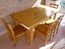 Dining Table & Chairs Thomastown Whittlesea Area Preview