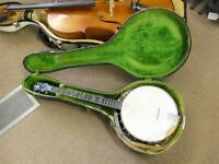 Lyon & Healy , Tenor Banjo with case & original playlist, 1930s