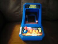 1978 Taito Space Invaders Arcade Style Game