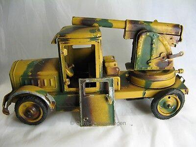 Blechspielzeug: LKW mit Flak Geschütz  - original 2.WK  - ca 22 cm lang (Nr33)