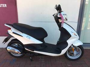 Piaggio  FLY 150 IE USED. SECOND HAND SCOOTER Victoria Park Victoria Park Area Preview