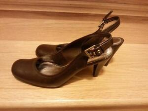 Jessica sling back shoes Cambridge Kitchener Area image 1