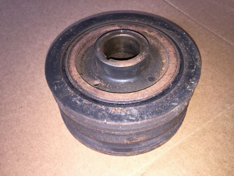 1999 - 2004 LEXUS IS200 CRANK SHAFT PULLEY MAIN CRANK LOW MILEAGE FREE POSTAGE