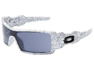 11a85351e4 Oakley Oil Rig Sunglasses 03-461 White Text Print Grey