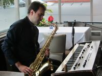 Pianist, Singer, Saxophone and Clarinet player Available in London