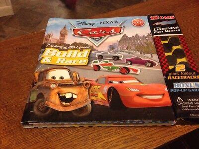 (NEW! DISNEY PIXAR - Cars lightning McQueen Build & Race 12 cars Racetrack/Garage)