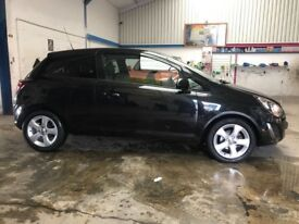 Immaculate condition 2013 1.2 Black Vauxhall Corsa