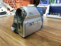 Mint JVC MiniDV GR-D33U 16X OpticZoom Digital Camcorder,Warranty
