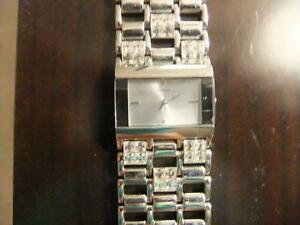 Women's GUESS Watch For Sale Oakville / Halton Region Toronto (GTA) image 1
