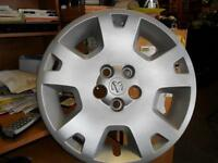 CHARGER --06-07  and  MAGNUM --05-07  HUBCAPS