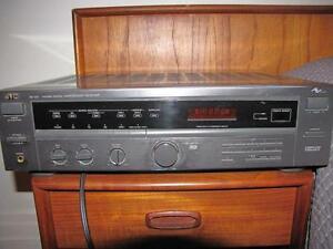 AMPLI JVC MUSIQUE COMPATIBLE LECTEUR CD CASSETTE RADIO MP3
