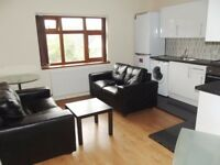 Forsyth Gardens- Student Accommodation- Minutes away from Kennington Station- 4 bed 2 bath