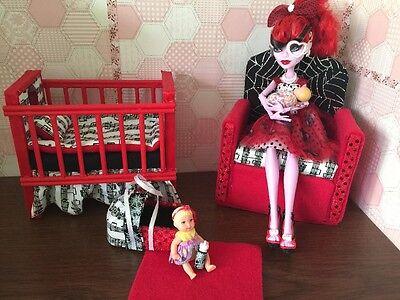 Barbie Or Monster High,Baby Nursery Set furniture crib & sofa & Carrier.Operetta](Monster High Baby)
