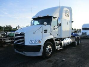 2013 Mack CXU603 T/A Highway Truck at Auction