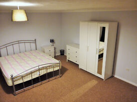 Lovely Double Rooms in Gillingham. 10 mins from Station and Hospital