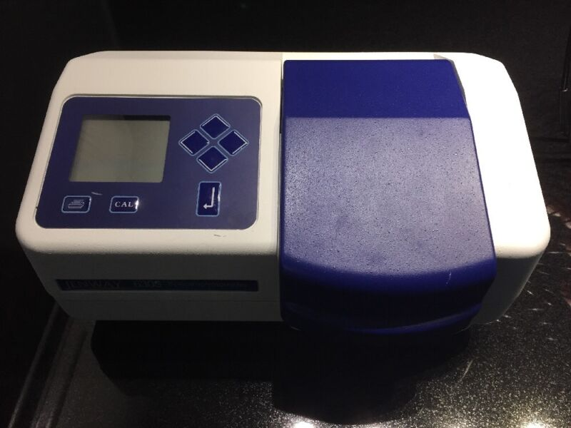 JENWAY 6305 UV/Visible Spectrophotometer
