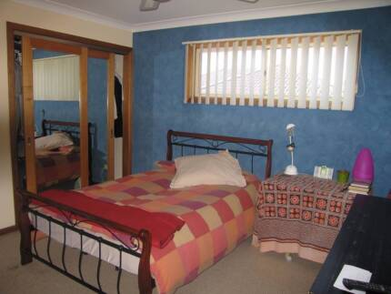 As Granny Flat (Big bedroom, Sitting room, bathroom, balcony)