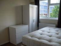***Amazing 4 bed property in Kennington, ideal for KCL students!!!!!