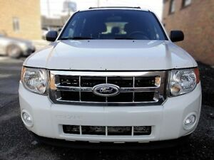 2011 Ford Escape XLT MODEL,4 CYL VERY CLEAN