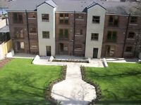 2 bedroom 2 bathroom apartment- Available June- Communal Gardens & Driveway - L7 Fairfield