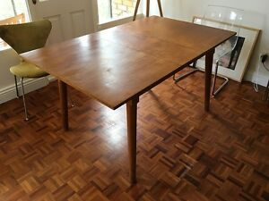 Convertible dinner table, free pickup Monday or Tuesday Neutral Bay North Sydney Area Preview