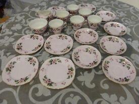 Colclough/Ridgway tea set 20 pieces Wild Rose pattern 8240,
