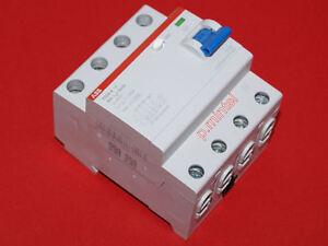 ABB FI Fehlerstrom-Schutzschalter F204A-40/0,03  40A  30mA  4-polig