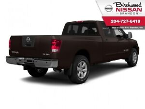 2014 Nissan Titan SL LOW KMS, Clearance Event!!