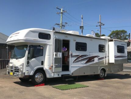 2011 Winnebago (Avida) Longreach 31ft Valentine Lake Macquarie Area Preview