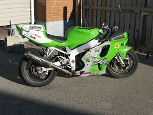 1998 Kawasaki Ninja ZX750 parts bike