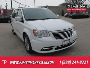 2016 Chrysler Town & Country Touring-L *BLUETOOTH, STOW N GO, RE
