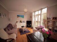 Massive Victorian One Bedroom With Shared Garden